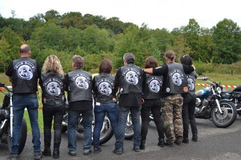 Ecussons brodés dans le dos pour les Ours riders 64